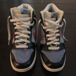 Nike Dunks Zoom High Top Sneakers - Like New!